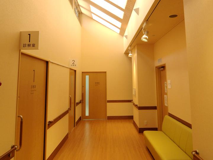 診察室・処置室前